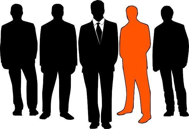 Как узнать админа группы ВК: если контакты скрыты или открыты
